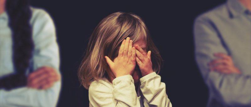 Sofferenza figli nella separazione conflittuale